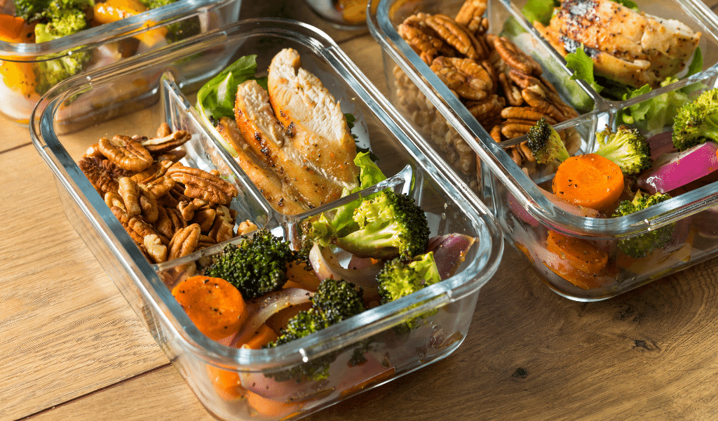 meals in glass containers